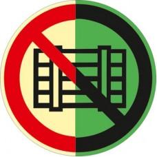 ФЭС P12-2009 Запрещается загромождать проходы и (или) складировать (Пленка 125 x 125)